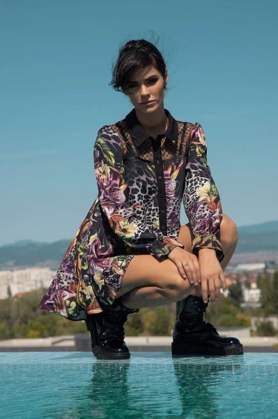 Риза-туника с флорални мотиви