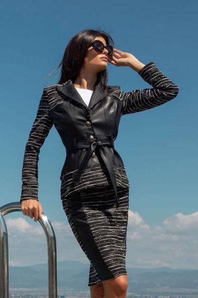 Елегантно сако с колан