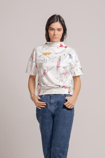 Дамска Тениска с Висока Яка