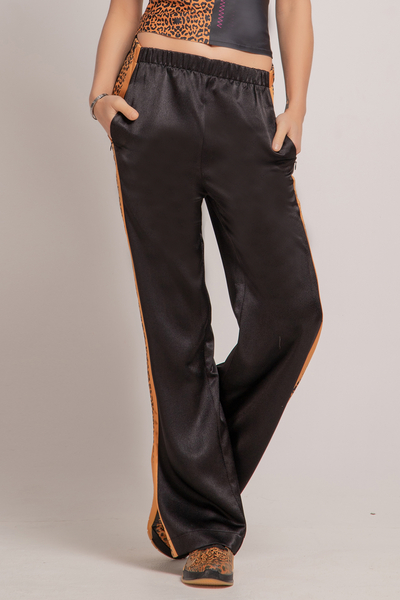 Спортен панталон с широки крачоли