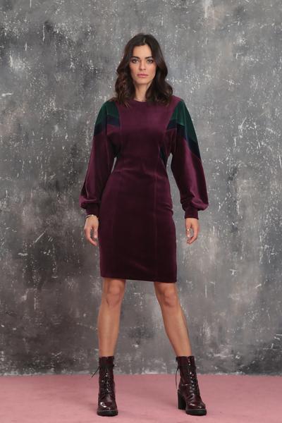 Многоцветна кадифена рокля