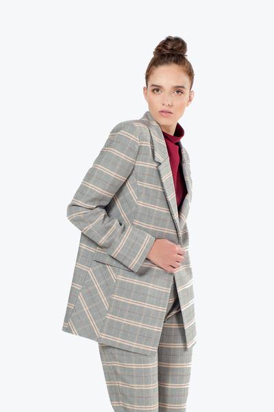 Дамско карирано сако