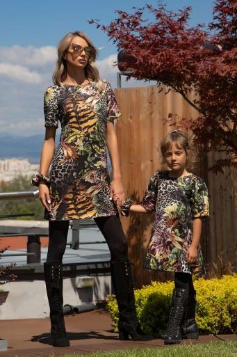 Детска права рокля с къс ръкав