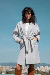 Елегантно палто с колан