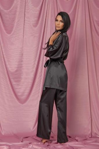 Черен панталон от сатен