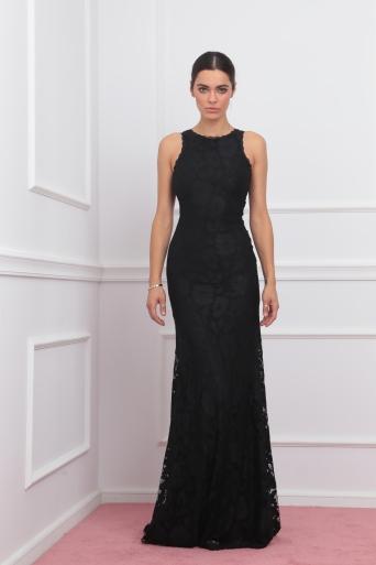 Елегантна рокля от дантела